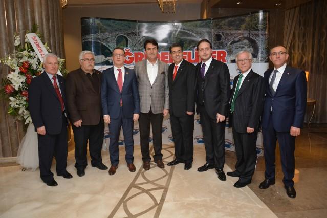 Osman Yalçınkaya, İsmail Selimoğlu,Mustafa Dündar,Aydın Yılmaz,Erkan Yılmaz,Ahmet Yalın,Rüştü Özlem