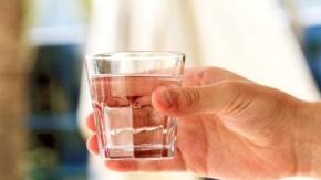 Yeterince su içmediğinizin 8 belirtisi ve zararları