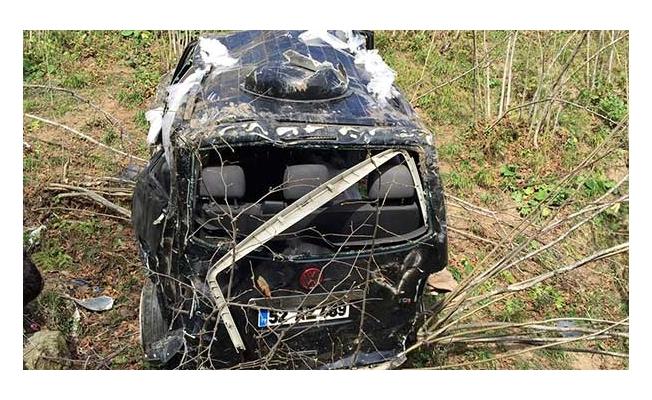 Düğün konvoyunda feci kaza: 1 ölü, 8 yaralı