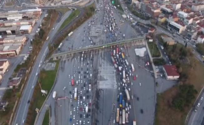 Mahmutbey Gişelerdeki trafik çilesi