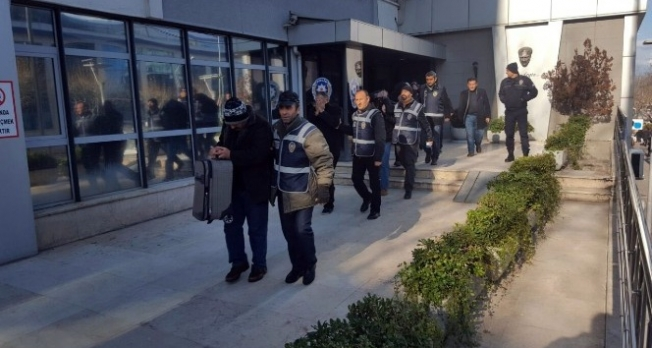 Bursa'da fuhuş operasyonu: 17 gözaltı