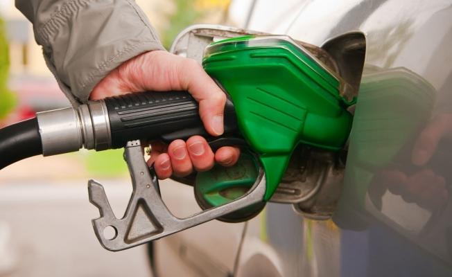Benzin fiyatında artış!