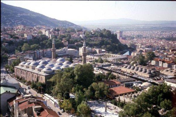 Bursa'da temizlik çalışmaları sürüyor