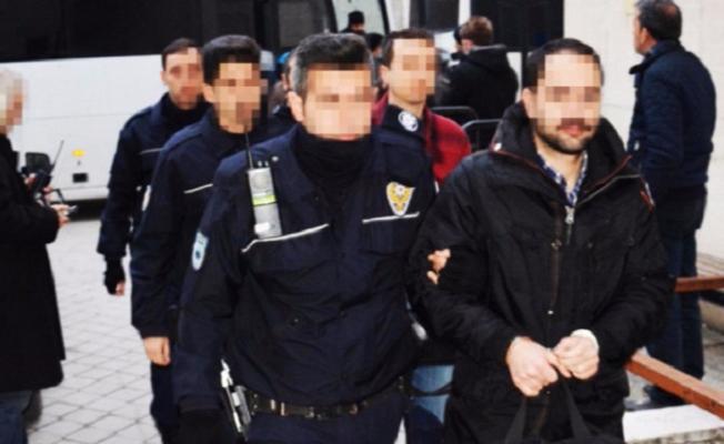 Bursa'da 7 avukat FETÖ'den tutuklandı!