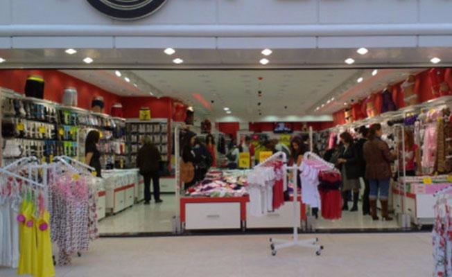Bursa'da da mağazaları bulunan tekstil devi iflas etti!