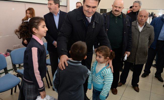 Bursa'da Suriyeli çocuklara yardım eli