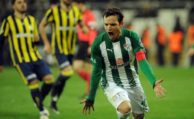 Bursaspor'un en istikrarlı iki ismi!