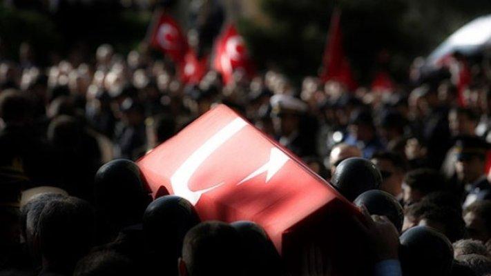 Diyarbakır'da alçak saldırı! 1 şehit