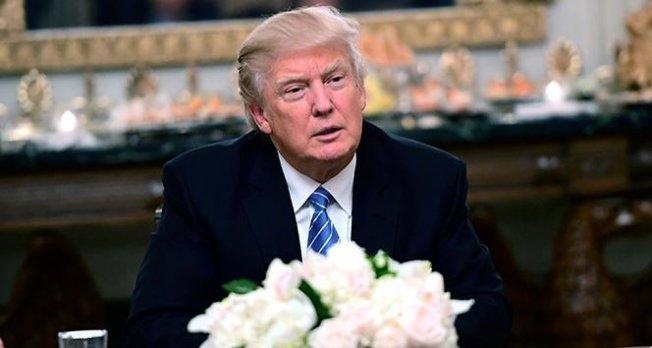 Donald Trump'ın seyahat yasağına kısmi onay