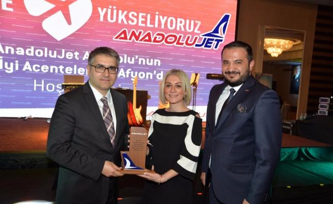 Anadolu Jet Havayolları'ndan Plaza Turizm'e ödül