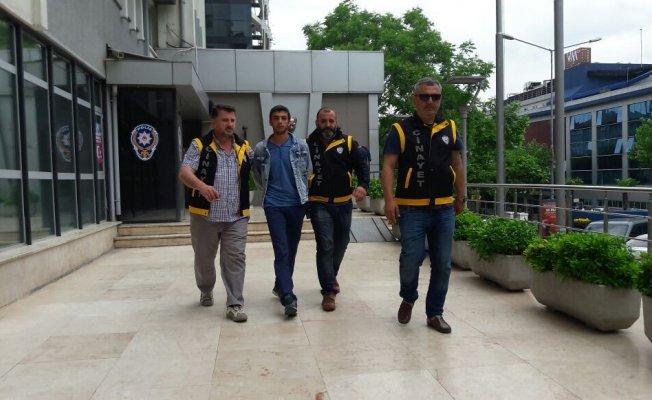 Bursa'da kick bocks hocasını vurdu, terminalde yakalandı!