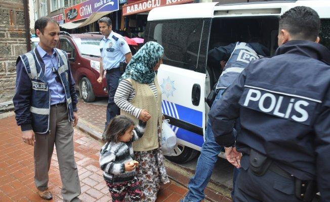 "Bursa polisinden ""huzurlu sokaklar"" operasyonu"