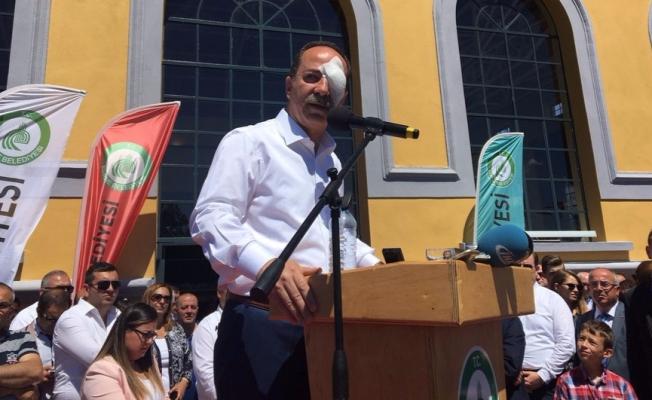 Edirne Belediye Başkanı Recep Gürkan'a yumruklu saldırı