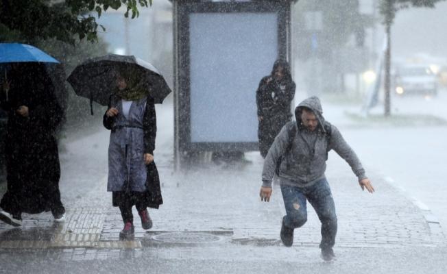 Bursa'yı sel aldı!