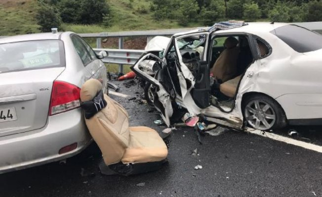 Bursa'da korkunç kaza! Kafa kafaya çarpıştılar
