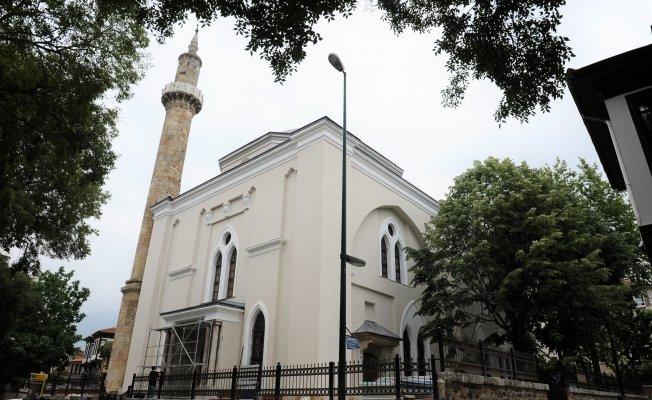 Bursa'da tarihi camide bitmeyen restorasyon!