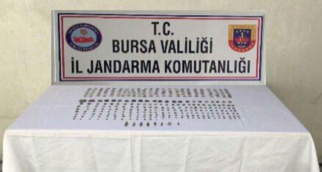 Bursa'da tarihi eserleri satamadan yakalandılar