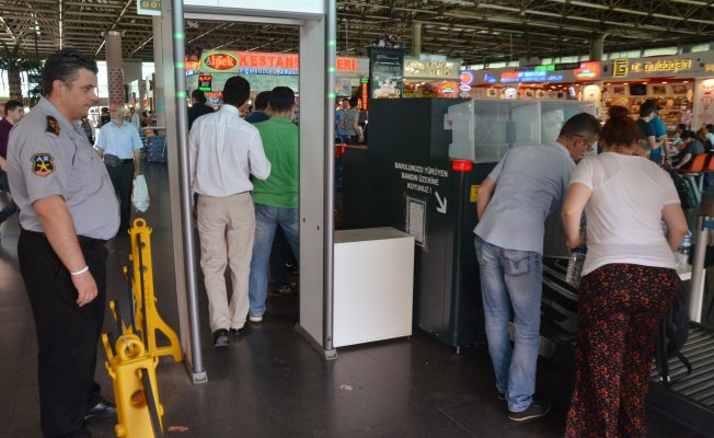 Bursa'da terminalde bayram yoğunluğu