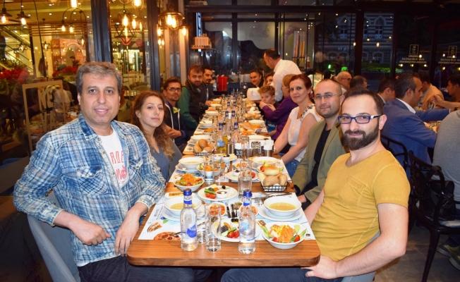 Bursa medyası Zafer Plaza iftarında buluştu
