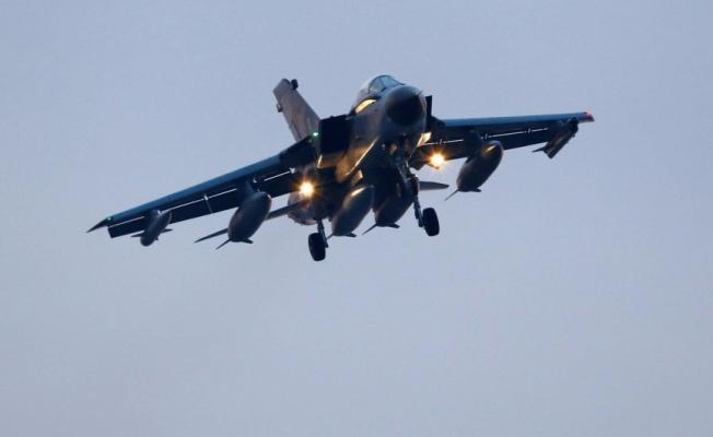 Alman ordusu alarmda: 'Hacker'lar savaş uçağı düşürebilir