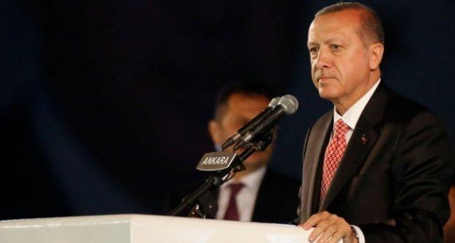 Erdoğan konuşurken talihsiz kaza! Yaralılar var