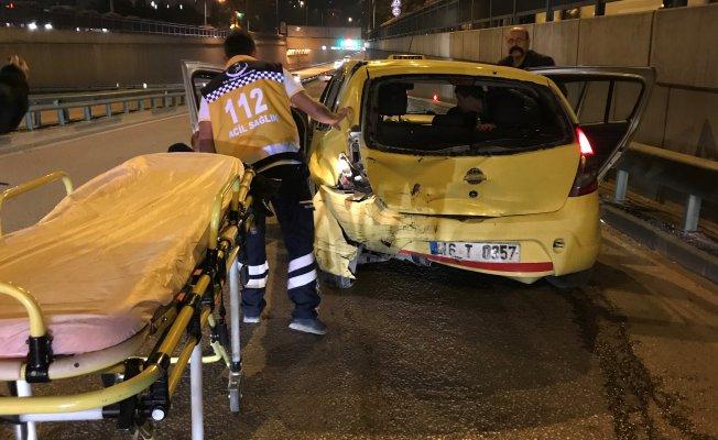 Bursa'da gece yarısı feci kaza! Anayolda geri geri gidiyordu...