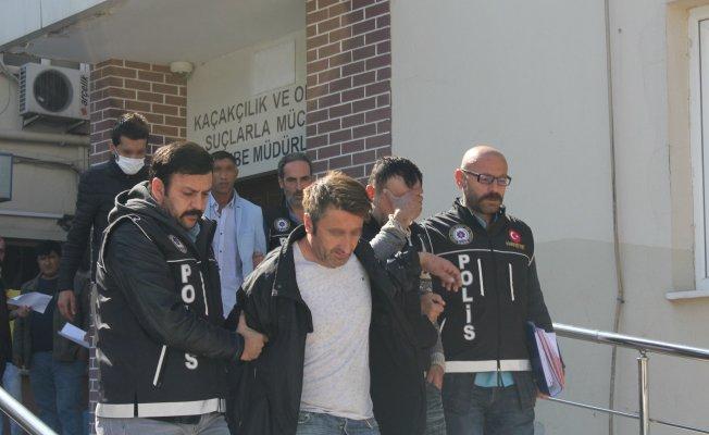 Bursa'da uyuşturucu tacirlerine operasyon!