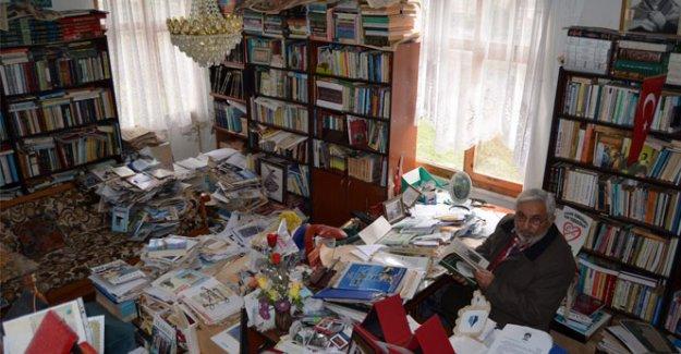 40 yılda 10 bin kitap