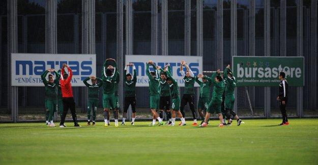 Bursaspor'da 3 isim gribal enfeksiyon geçirdi