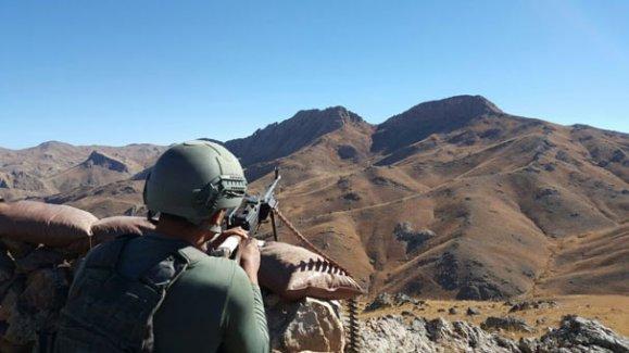 Hakkari'de dört PKK'lı öldürüldü