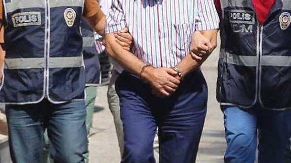 İstanbul'da 'ByLock' kullandığı belirlenen 22 polis tutuklandı