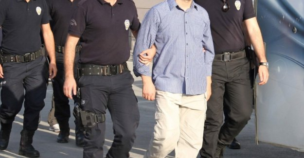 İstanbul'daki FETÖ soruşturmasında 19 gözaltı