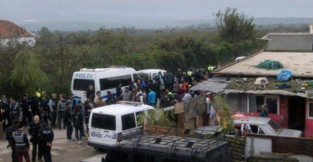 Sakarya'da 300 polisle şafak operasyonu