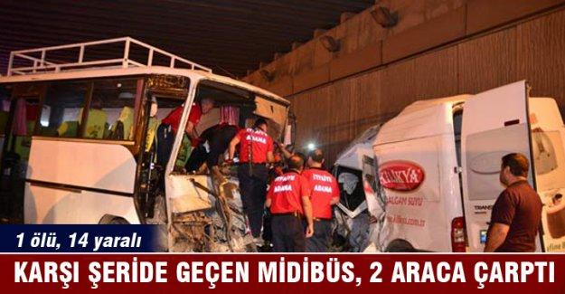 Tarım işçilerini taşıyan midibüs, 2 araca çarptı: 1 ölü, 14 yaralı