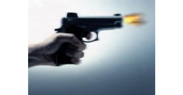 Tartıştığı eşi tarafından silahla başından vurularak öldürüldü