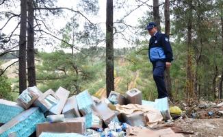 Bursa'da ormana attılar! Binlerce paket...