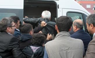 Bursa'da HDP'li eylemcilere polis müdahalesi!