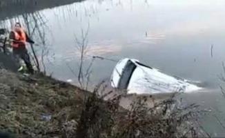 Minibüs göle düştü: 18 ölü