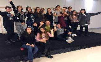 Osmangazi'den tiyatro okulu