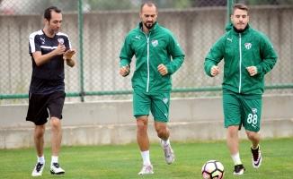 Bursaspor'da 2 oyuncu Beşiktaş'a karşı yok