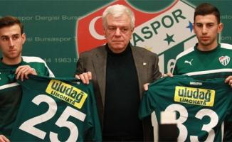 Bursaspor'da çifte imza