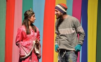 Çocuk tiyatroları festivali devam ediyor