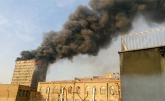 İran'da 17 katlı bina çöktü!