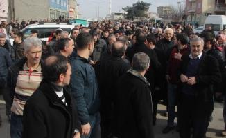 Bursa'da eylem yapan mahalleli ile polis arasında arbede!