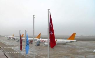 Uçaklar Bursa'ya zorunlu iniş yaptı!