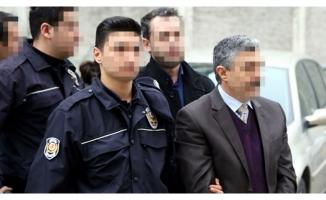 UÜ eski dekanı FETÖ'den tutuklandı!
