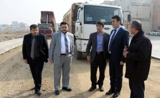Osmangazi'de imara açılan yeni yollar asfaltlanıyor