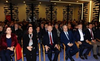 Kılıçdaroğlu Bursa'da nikah şahidi oldu