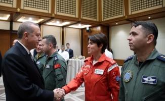 Cumhurbaşkanı Erdoğan pilotları kabul etti!