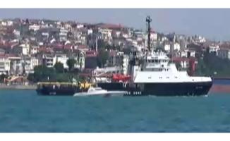 Rus kurtarma gemisi İstanbul Boğazı'ndan geçti